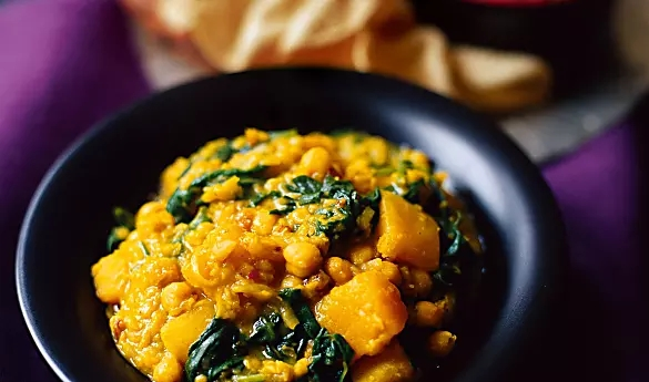 north indian chickpea curry