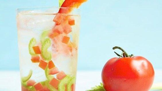 tomato-celery-pepper-water